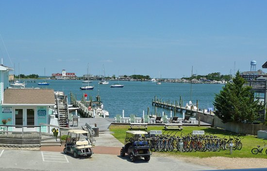 Ocracoke Harbor Inn : Suite 208 View