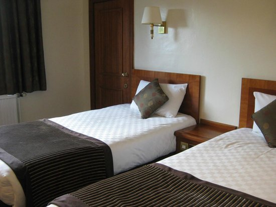 Thistle Edinburgh City Centre, The King James: room - twin room