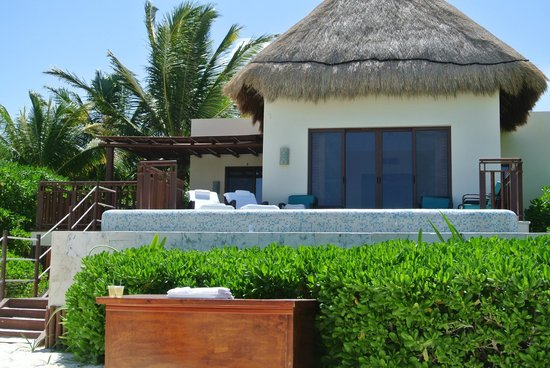 Fairmont Mayakoba: suit on the beach...best room available