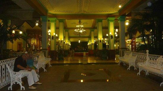 Hotel Riu Playacar: hall