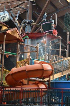 Six Flags Great Escape Lodge & Indoor Waterpark : Indoor Water Park
