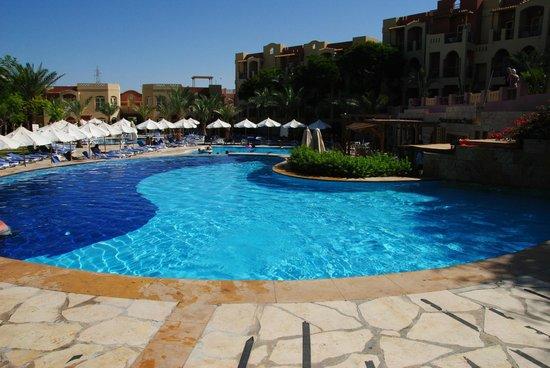 Marina Plaza Hotel Tala Bay: Piscina
