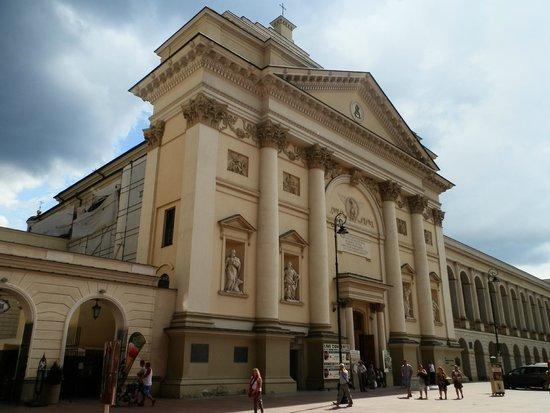 St. Anne's Church (Kosciol Swietej Anny): fachada