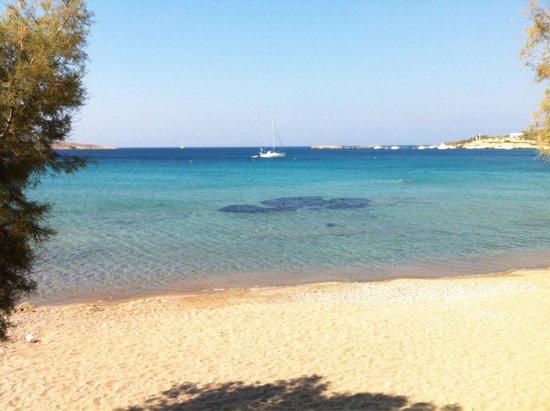 Syros, Hy Lạp: Finikas beach