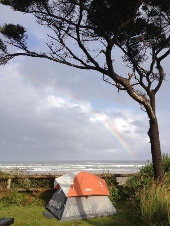 Tillicum Beach Park : We woke up to Rainbows!