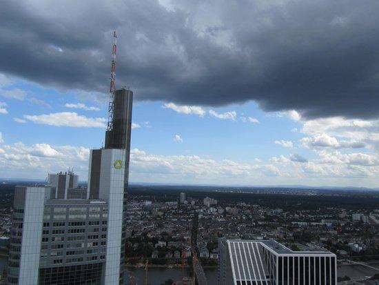 Main Tower: Uitzicht 1
