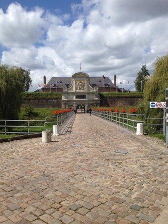 The Citadel : Quartel Militar fechado ao público