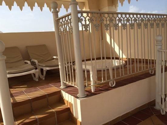 Hotel Riu Palace Punta Cana: Jacuzzi de la habitacion