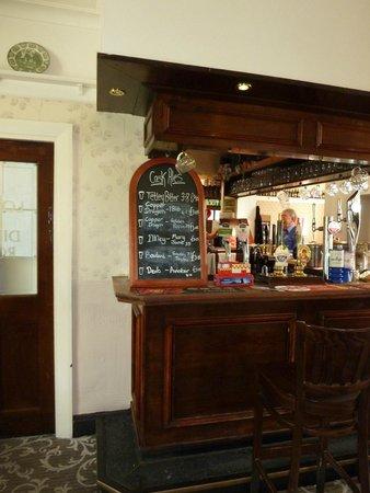 Harts Head Inn: Real Ales advertised at the bar.