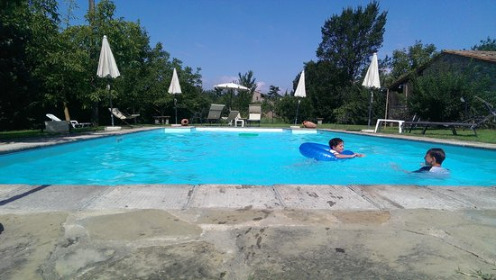 Monastero San Silvestro : Enjoying the lovely pool