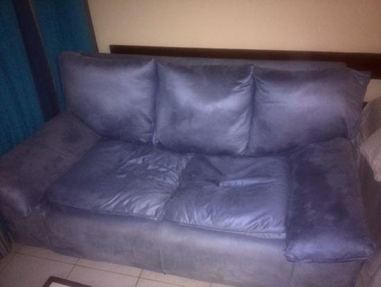 Leisure Lodge Beach and Golf Resort : The sofa with the imprint of, im guessing, the last room occupant....