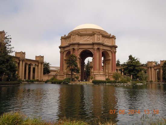Palace of Fine Arts Theatre: Palace of Fine Arts Central Building