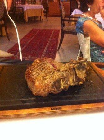 Villasanpaolo : Fiorentina al ristorante di villasapaolo lampolla