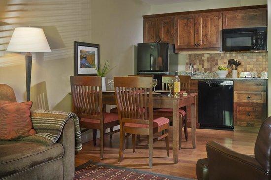 Green Mountain Suites Hotel $144 ($̶1̶5̶9̶)   UPDATED 2017 Prices U0026 Reviews    South Burlington, VT   TripAdvisor