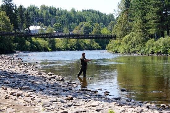 Sanki pour la pêche bien proportionné