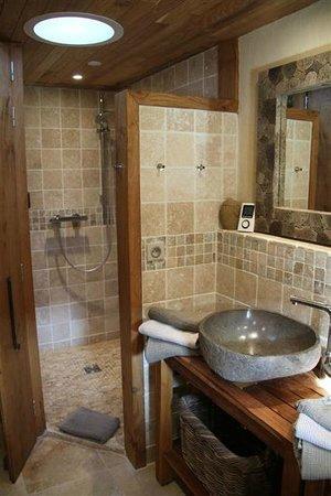 Le Domaine Des Prés Verts : Bathroom