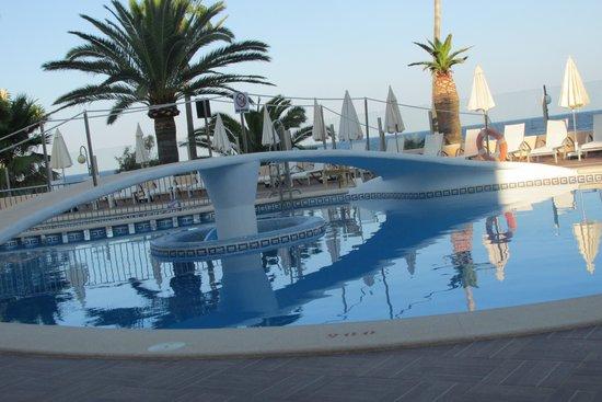 Protur Bonamar: Empty Pool