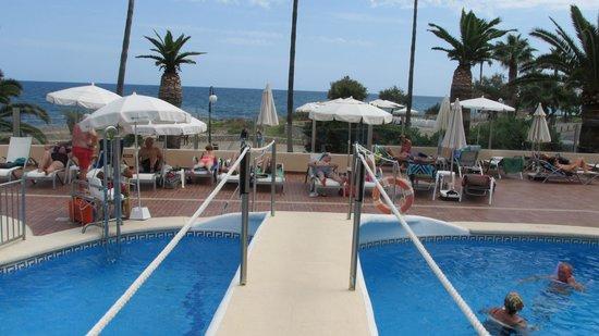 Protur Bonamar: Full pool