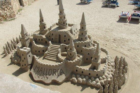 Protur Bonamar: Sand Sculpture