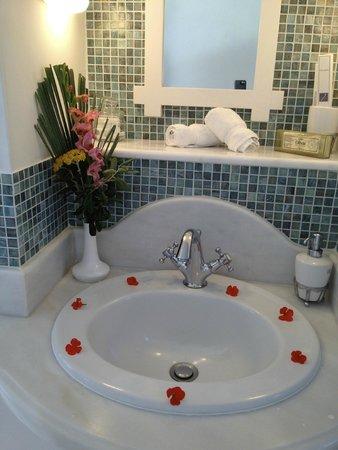 Anastasis Apartments: Bathroom in Anastasis Suite
