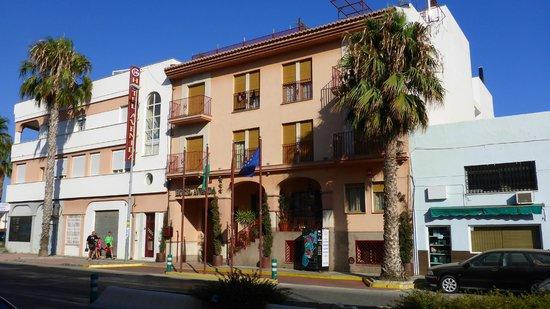 Hotel Avenida Tropical: Front