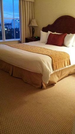 The Point Orlando Resort: Lived in mattress/Master Bedroom