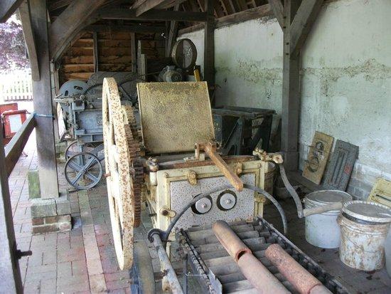 Bursledon Brickworks Industrial Museum: Old mechanical equipment