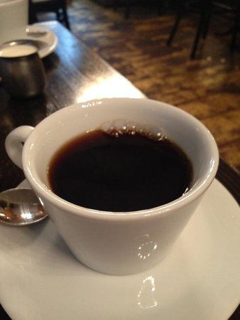 Gild Hall, a Thompson Hotel: Coffee at Felice