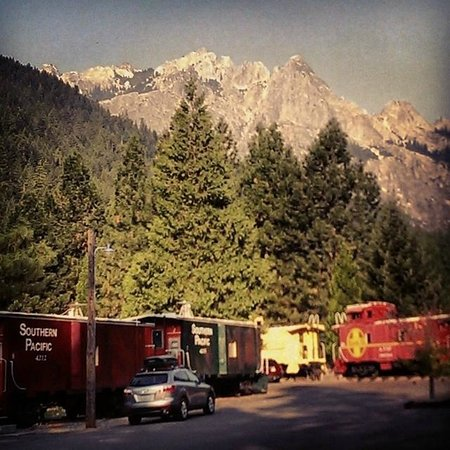 Railroad Park Resort : View of the Crags from in front of Caboose 2.