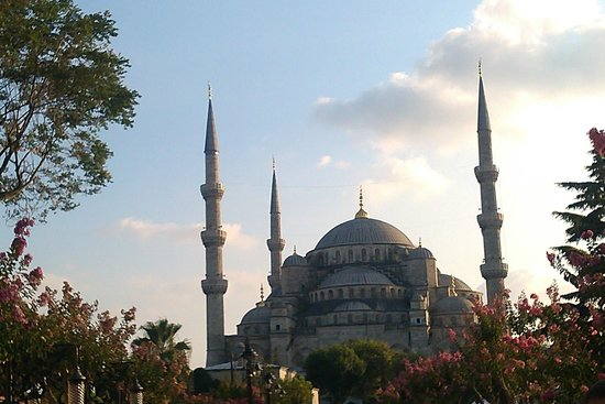 Elite Hotel Kucukyali: blue mosque