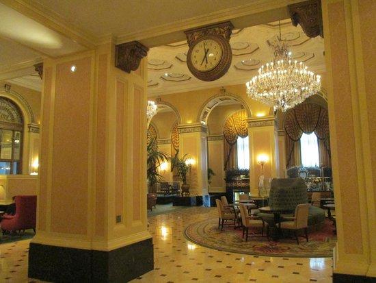 Omni William Penn Hotel: Gorgeous lobby area