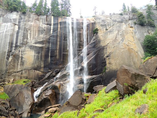 Nevada Falls Loop : Vernal Fall