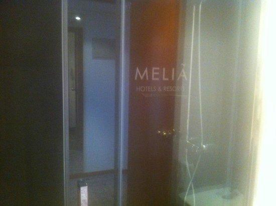 Meliá Sitges: Badkamer