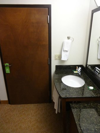 Hyatt Place Austin/Arboretum: bathroom