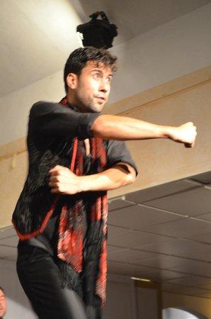 Sala Sentir Flamenco: Dançarino de flamenco