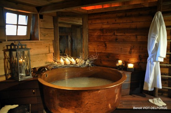 La Chapelle-D'Abondance, Γαλλία: Le bain précieux, au lait ou au vin