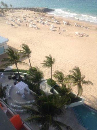 La Concha Renaissance San Juan Resort: View from Oceanfront Suite Room