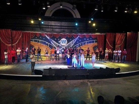 Club Marmara Narjess : spectacle de bienvenue