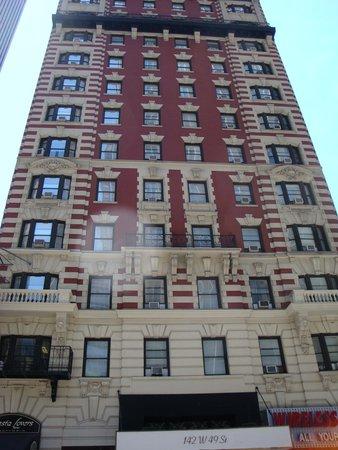 Radio City Apartments : Frente do hotel