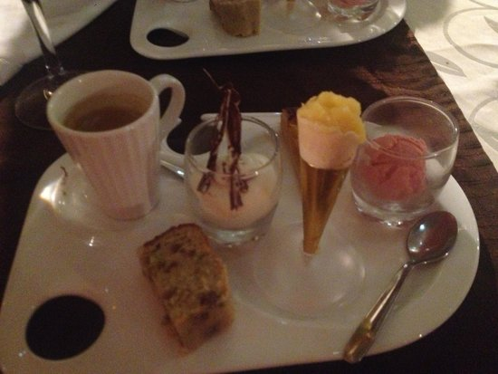 Font-Romeu, France: Cafe gourmand