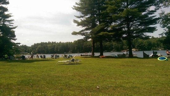 Swanzey Lake Camping Area: Lakeview toward beach