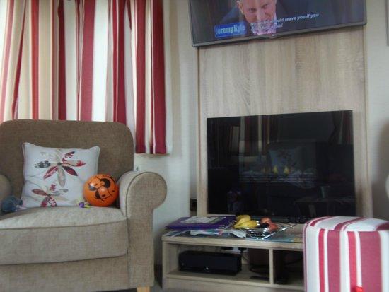 Piran Meadows Resort & Spa: two flatscreen tvs! dvd player also