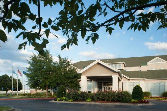 Hilton Garden Inn Tulsa Airport: Hotel