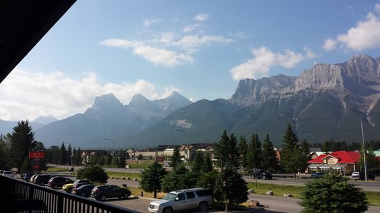 Days Inn Canmore : View from room
