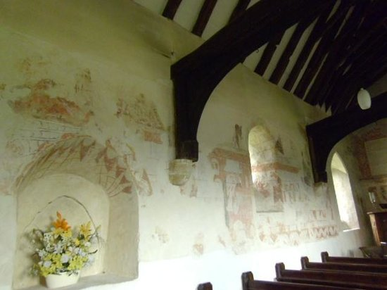 Capel, UK: painted wall