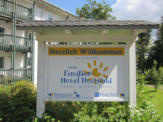 Familien Hotel Hochwald: Schild