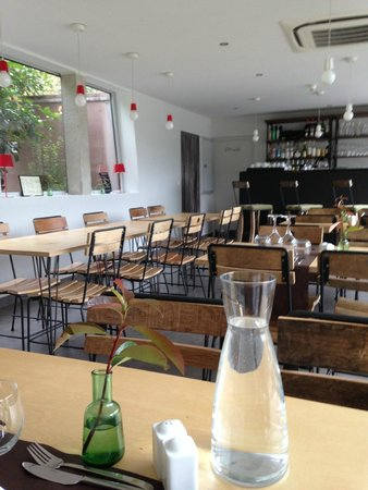 Boutique Hotel Artemisia: Une jole salle à manger au style scandinave