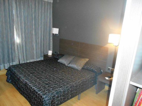 Hotel Cisneros: Dormitorio