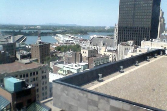InterContinental Montreal : View over St. Lawrence River