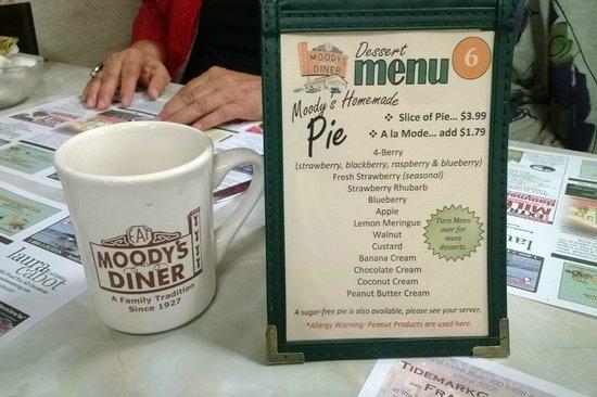 Moody's Motel & Cabins: Moody's dessert menu